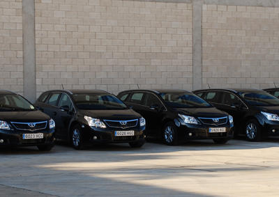 SAGOLA hands over the new car fleet to its sales network